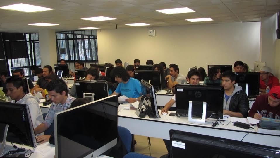 Ingeniería Eléctrica de la UAZ, sede de la Batalla de Programadores México & Centroamérica 2014