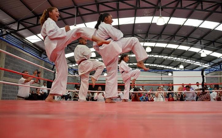 Inauguran gimnasio de artes marciales mixtas en Ojo de Agua de la Palma