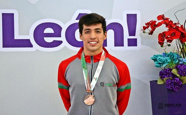 Oro y bronce para Zacatecas en natación Olimpiada Nacional
