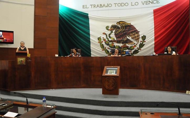 En México hay 1,124 diputados locales y sostenerlos nos cuesta 13 mil 551.3 mdp; Zacatecas sitio 21 de Congresos más costosos y tercero más productivo