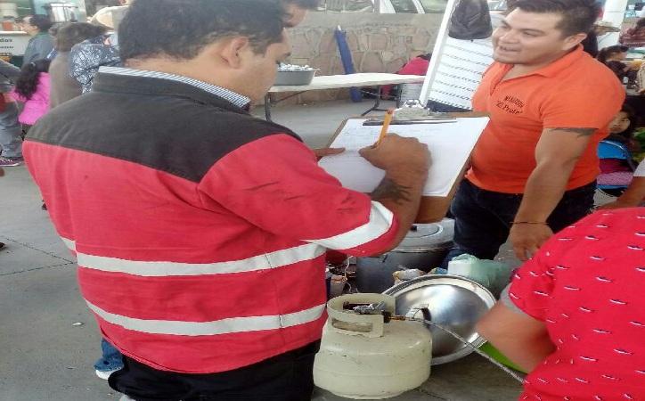 Supervisa protección civil capitalino instalaciones de gas LP en Mercado de Abastos