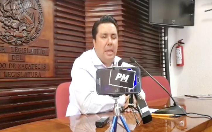 """Recula Omar Carrera sobre reunión con PDL: """"Me invitaron sin saber quién iría"""""""