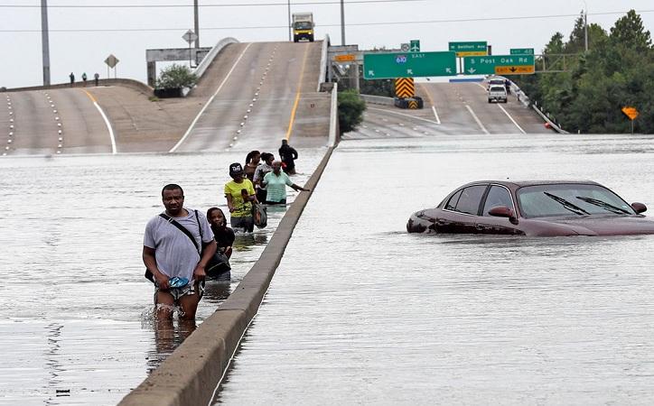"""Harvey es """"el peor desastre"""" en la historia de Texas"""