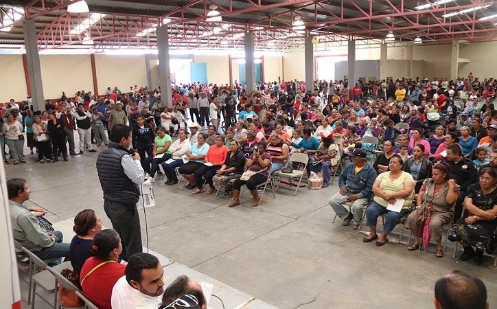 Impulsa Enrique Flores programa estratégico de fortalecimiento a comunidades