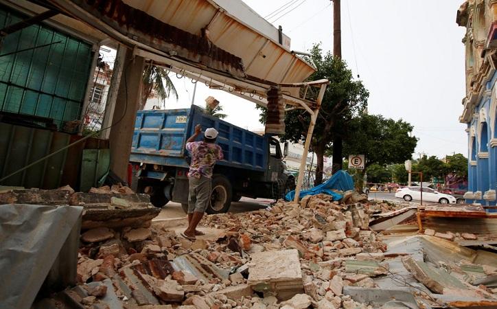 Se eleva a 71 muertos por sismo de 8.2 grados
