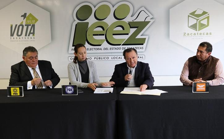 """PAN – PRD – MC presentan ante IEEZ solicitud de registro de la coalición """"Por Zacatecas al Frente"""""""