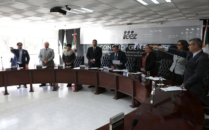 Toman protesta 3 nuevos consejeros electorales en el IEEZ