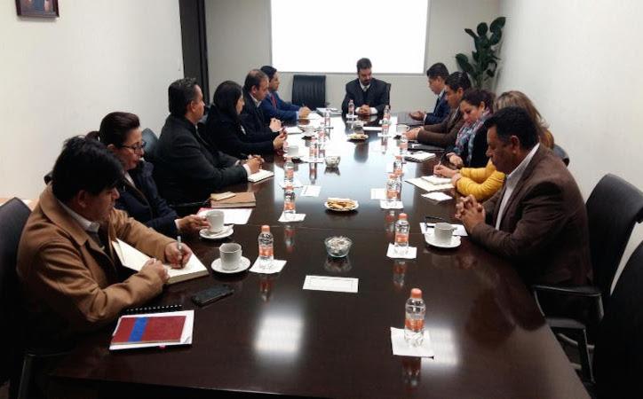Godezac y Sutsemop inician negociaciones para definir el incremento salarial de trabajadores