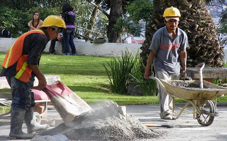 Solo el 3.1% de la población económicamente activa en Zacatecas recibe más de 5 salarios mínimos, la mayoría sólo uno