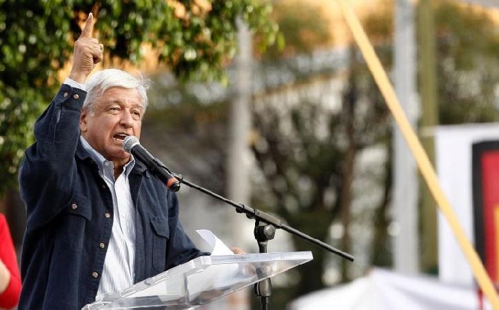 """López Obrador se pone en """"huelga de opiniones y entrevistas"""""""