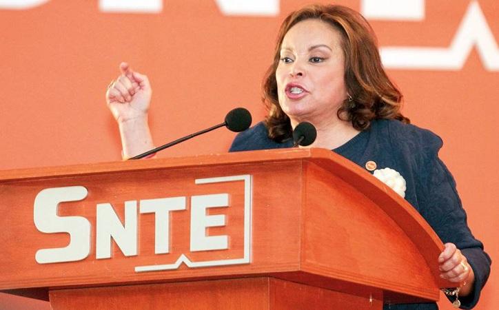 Regresan a Elba Esther Gordillo el control del SNTE