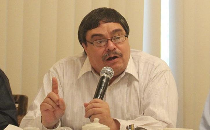 Pavón y otros sindicatos acuden al INE, quieren echar abajo candidatura de Napoleón Gómez