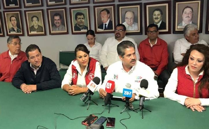 Sin la presencia de Benjamín Medrano, PRI oficializa su candidatura a Fresnillo