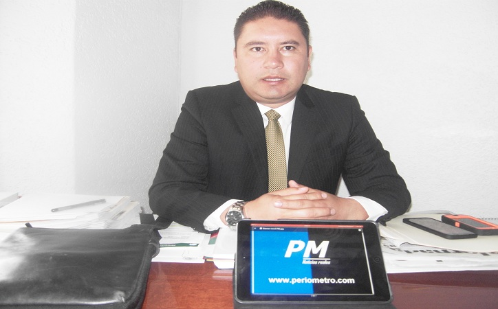 Se va Iván de Santiago del PRD