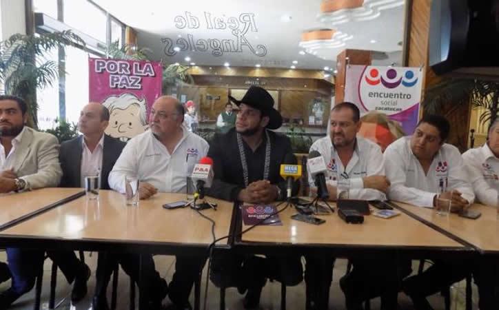 Sin hacer campaña Marco Flores por inseguridad, contradice a secretario general del PES