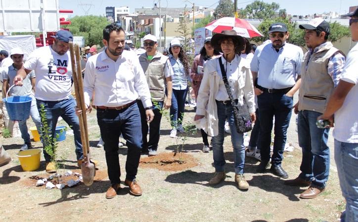 Acciones ecológicas favorecen medio ambiente y unen familias: Ulises Mejía