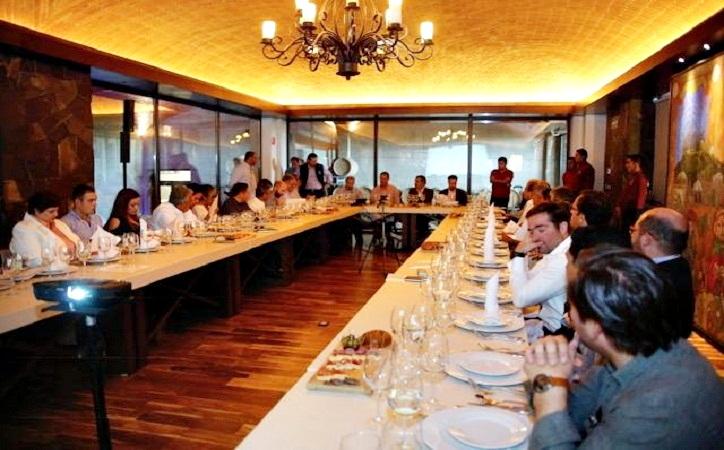 Reconocen vitivinicultores respaldo de Tello para la aprobación de Ley de Fomento a la Industria