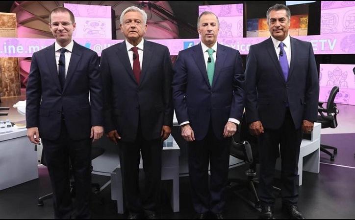 Acusaciones de corrupción dominan el último debate presidencial