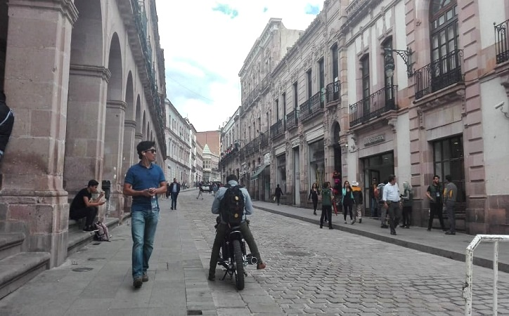 Reabren avenida Hidalgo a la circulación vehicular