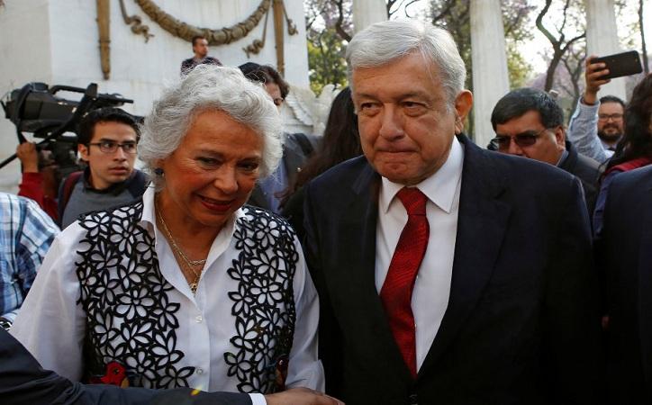 A AMLO debe cuidarlo un cuerpo de seguridad profesional: Sánchez Cordero