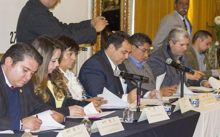 Firma convenio la UAZ con los 58 municipios, buscar áreas de oportunidad el objetivo