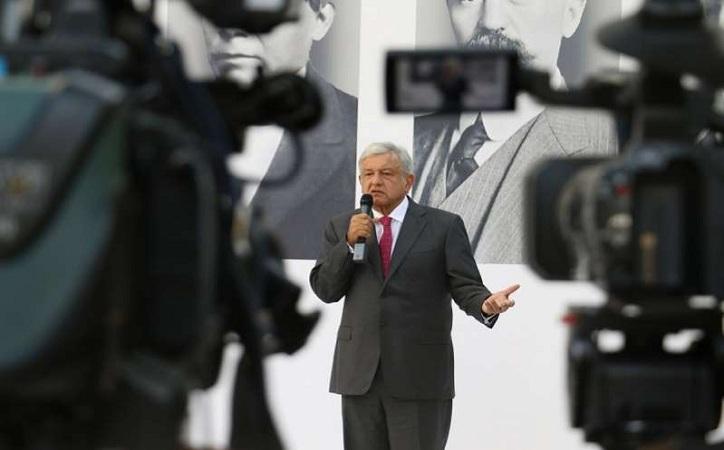 López Obrador lanza subasta para avión presidencial