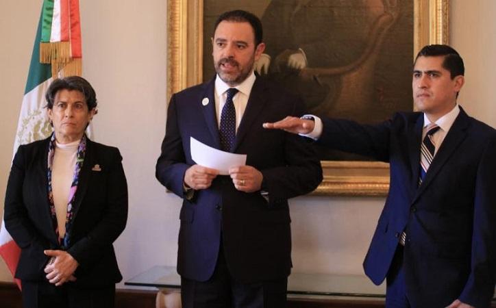 Tello nombra a Carlos Peña como nuevo director del IZEA; hace meses declaró que gobierno no era agencia de colocación