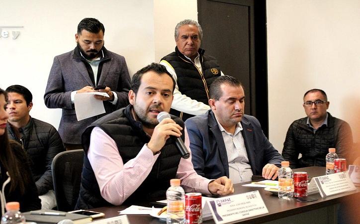 Jiapaz suspende incrementos de tarifa al agua potable a iniciativa de Ulises Mejía