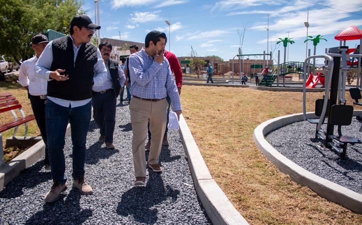 Supervisa Julio César Chávez obras de infraestructura en comunidades