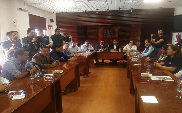 Trabajadores de Peñasquito piden ante diputados se levante bloqueo de narristas, golpe económico al estado