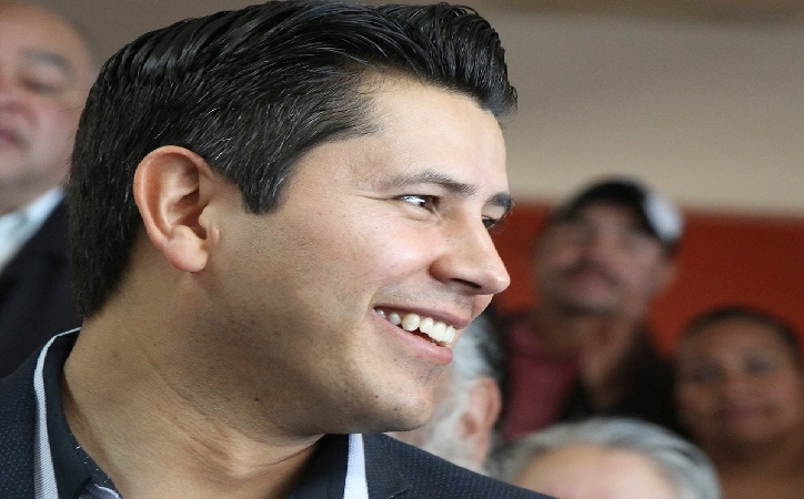Julio César Chávez establece acuerdos para la atracción de inversión en Guadalupe