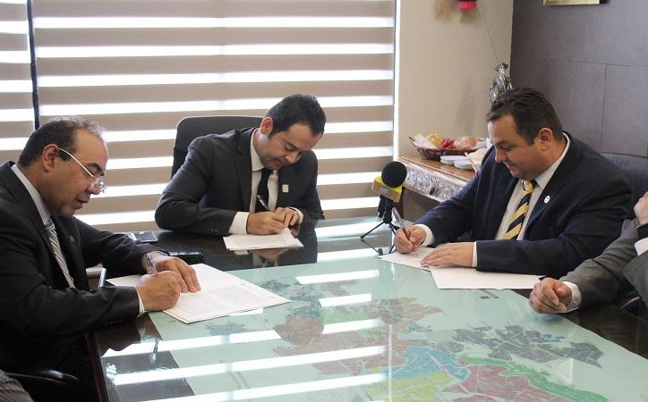 BUAZ y gobierno capitalino firman convenio para prevenir violencia escolar