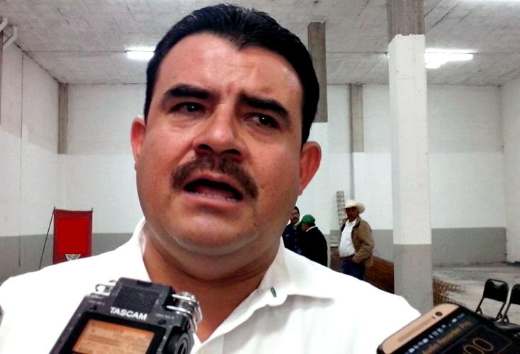 En plena crisis de ausentismo en el Congreso local, diputados del PRI hacen proselitismo en municipios a favor de Norma Castorena para reelegirse en sindicato de salud [audio]