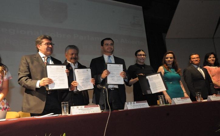 Firman Legislatura local y Senado de la República Convenio sobre Parlamento Abierto