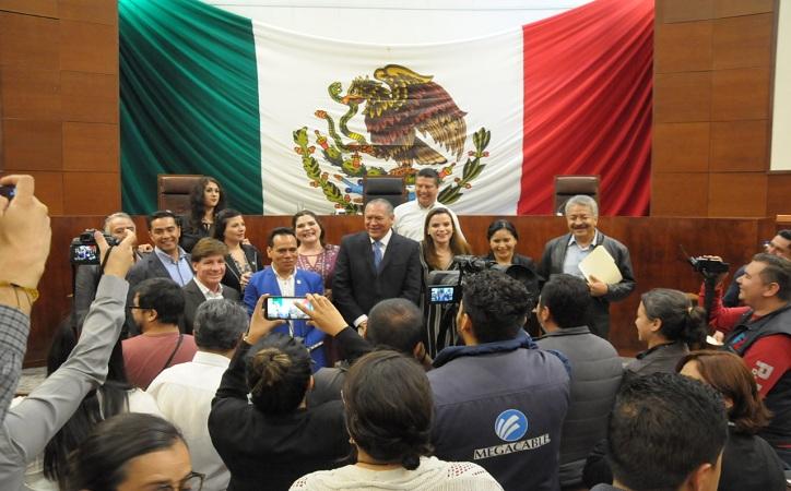 Sesión legislativa cancelada fue protección de diputdos priistas para evitar comparecencia de funcionarios estatales