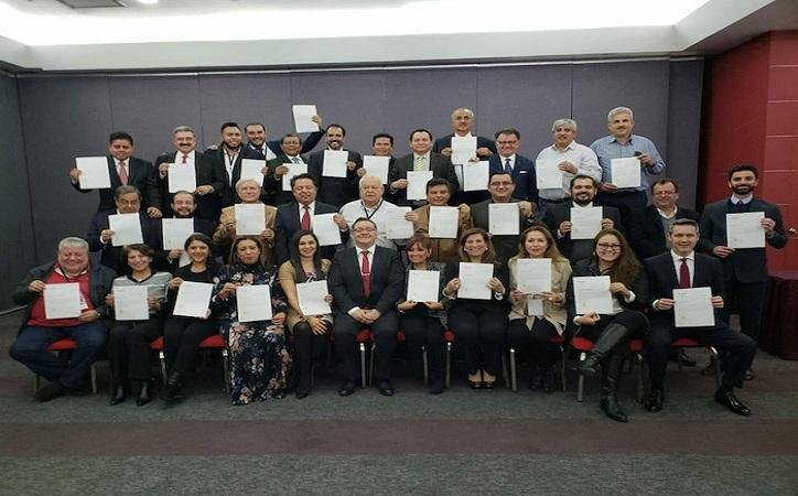 A 12 de los 32 superdelegados de AMLO los señalan por nepotismo y corrupción, y ya hay sanciones