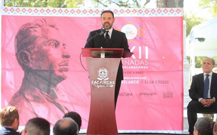 Mantener vigente el legado literario de López Velarde pide Tello en homenaje al poeta