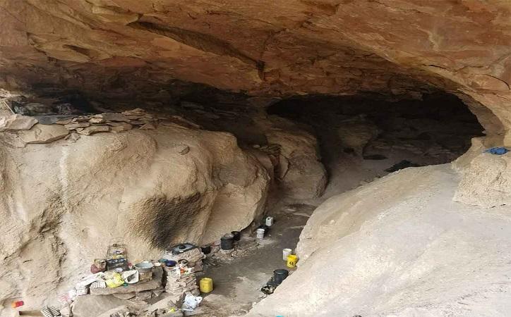 Rescatan del narco a 21 secuestrados; dormían en cuevas y trabajaban como esclavos