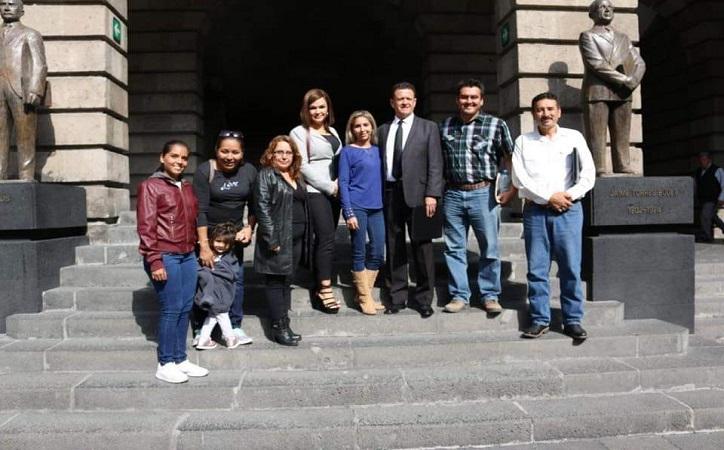 SNTE reinstala 263 maestros cesados por la Reforma educativa del sexenio anterior.