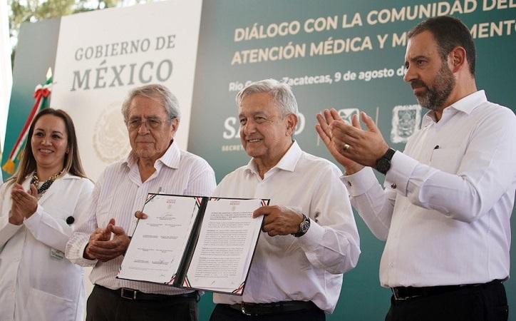 """""""El mal hay que enfrentarlo haciendo el bien. La paz y la tranquilidad son fruto de la justicia y así vamos a ir serenando a Zacatecas"""": AMLO"""