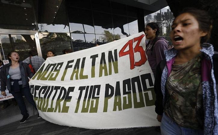 """Caso Ayotzinapa, 5 años de una """"Verdad Histórica"""" insostenible"""