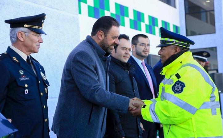 Ofrece Tello homologación y mejora de condiciones laborales a policías de seguridad vial