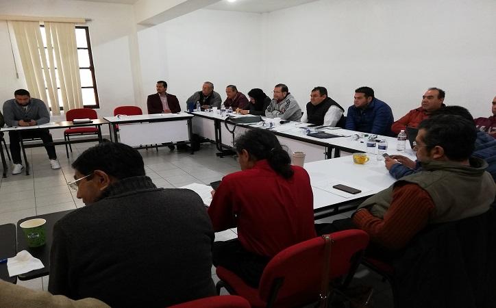 Spauaz se niega a modificar su contrato colectivo, condición impuesta por el gobierno federal