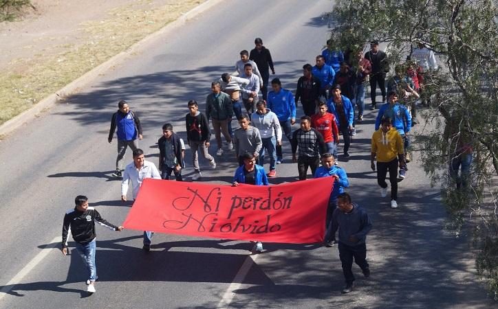 Recuerdan normalistas represión aplicada por Ricardo Monreal hace 20 años