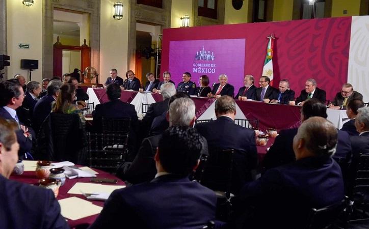 López Obrador obtuvo en su cena con empresarios 1,500 millones para su rifa