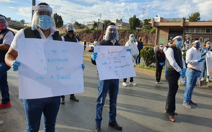 SNTE se manifiesta en Issste Zacatecas, acusan grave crisis de desabasto en medicamentos