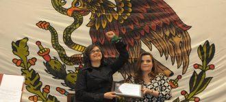 """Recibe Mara Muñoz reconocimiento """"María Rodríguez Murillo"""" por su lucha a favor de la igualdad entre géneros"""
