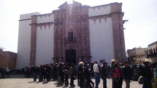 Protesta campesinos - PerióMetro.com